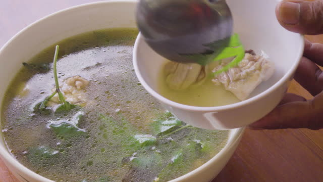 Soup Lapping 4K video