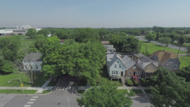 stockvideo's en b-roll-footage met zuidzijde chicago antenne - woongebied