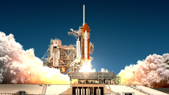 space shuttle start. 4 k ultra-high-definition. 3840 x 2160. - rakete stock-videos und b-roll-filmmaterial