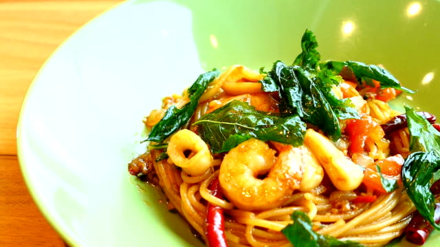 Spaghetti or pasta spicy seafood video