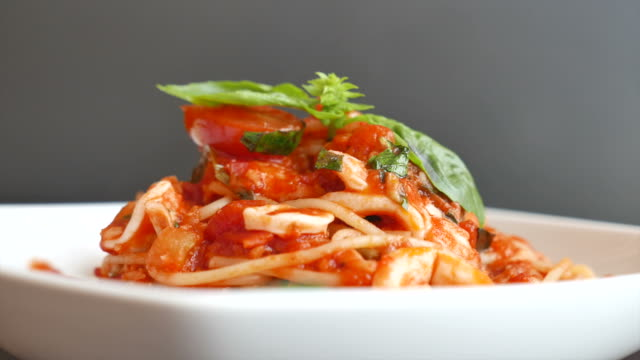 hd spaghetti - italian food stock videos & royalty-free footage