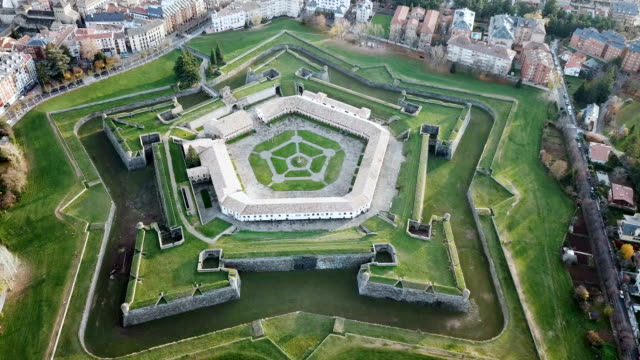 Spanish city of Jaca with pentagram-star shaped Citadel Scenic autumn view from drone of Spanish city of Jaca with pentagram-star shaped Citadel fort stock videos & royalty-free footage