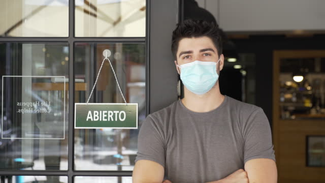 Spanish small business owner during COVID-19 pandemic video
