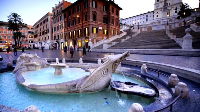 vídeos de stock e filmes b-roll de spanish steps in the morning, rome, italy - roma itália