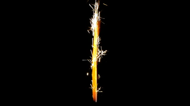 sparkle rocket end slow motion - fontana struttura costruita dall'uomo video stock e b–roll