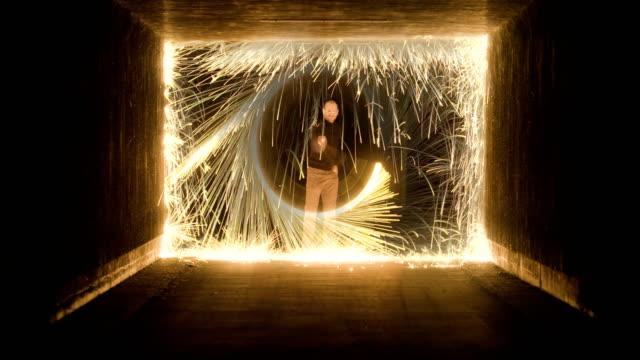 sparkling circle meets square - immaginazione video stock e b–roll
