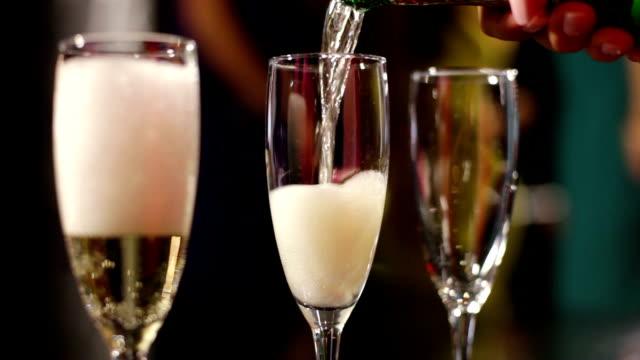 vidéos et rushes de vin mousseux - champagne