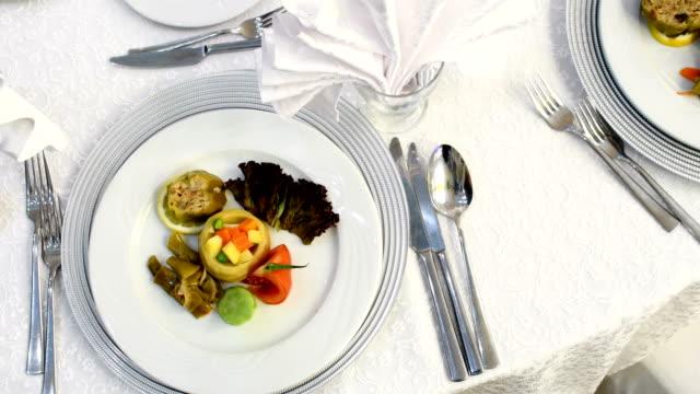 special dinner - fare una prenotazione video stock e b–roll