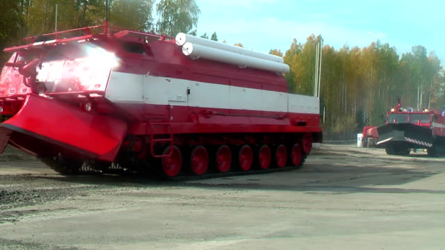 Special fire fighting vehicle SPM in motion video