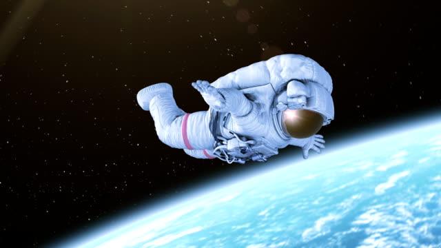 spinnen-astronaut im offenen raum - raumanzug stock-videos und b-roll-filmmaterial