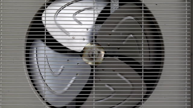 Spinning fan of cooling unit video