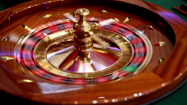 spinning roulette wheel video