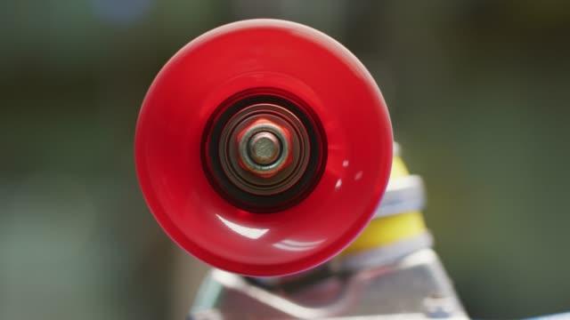spinning. slow motion. - skate video stock e b–roll