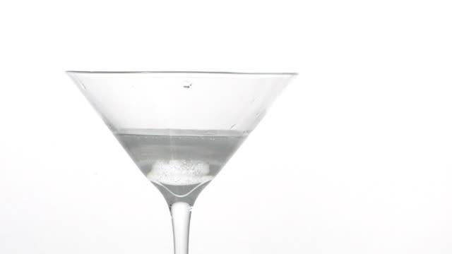 Splashing Drink .. video
