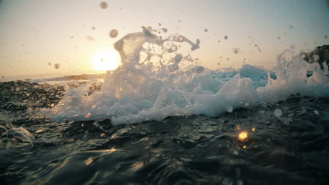 Splashing ocean waves. video
