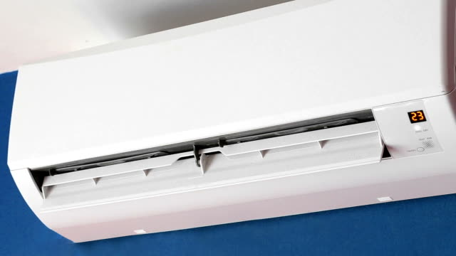 分割空調システム - エアコン点の映像素材/bロール