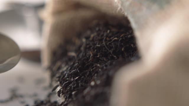 Spooning tea video