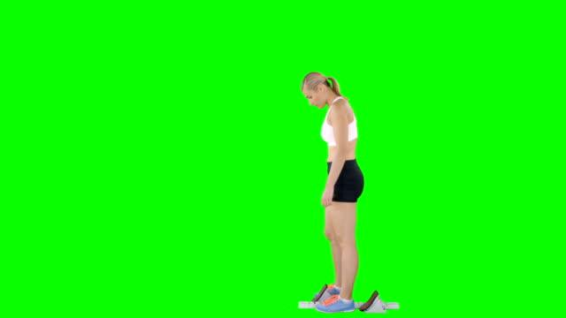 sporcumuz atletizm ve başlayan blok - çalışma kitabı stok videoları ve detay görüntü çekimi