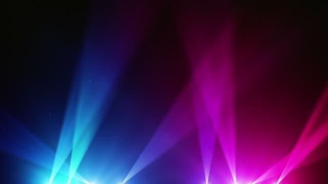 sfondo di luci spot anello blu/rosa (full hd - mostrare video stock e b–roll