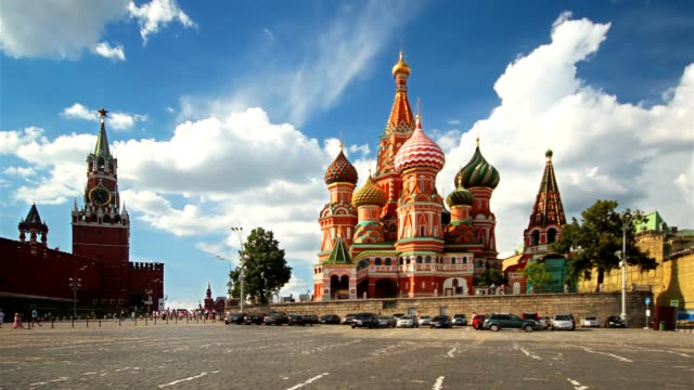 st. basil cathedral and moscow kremlin - vasilijkatedralen bildbanksvideor och videomaterial från bakom kulisserna