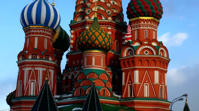 st basil's cathedral. moskva. ryssland. - vasilijkatedralen bildbanksvideor och videomaterial från bakom kulisserna