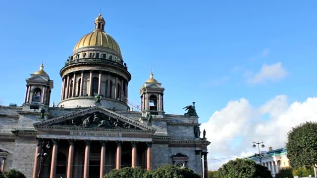 st. isaac's cathedral, timelapse - isakskatedralen bildbanksvideor och videomaterial från bakom kulisserna