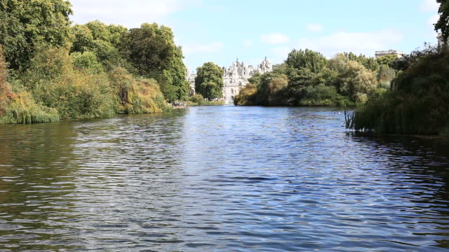 St. James's Park in London, HD Video Lake at St james's park in London victorian architecture stock videos & royalty-free footage