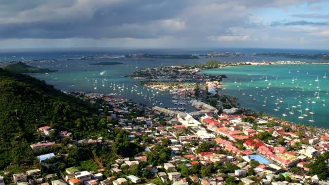 st maartin aerial v79 volando basso sopra la zona della città di marigot. - saint martin caraibi video stock e b–roll
