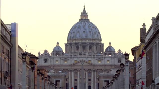 peterskyrkan, vaticano, roma, italiy - peter the apostle bildbanksvideor och videomaterial från bakom kulisserna