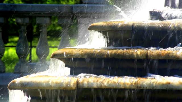 St. Petersburg-Peterhof. Fountains and statues. video