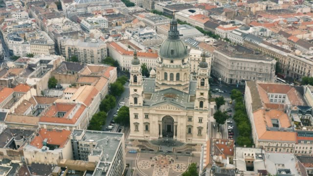 st. stephen's basilica in budapest - cathedrals stock videos & royalty-free footage