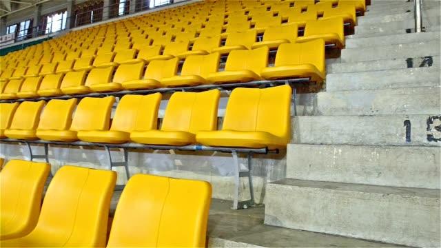 vidéos et rushes de sièges du stade - lieu sportif