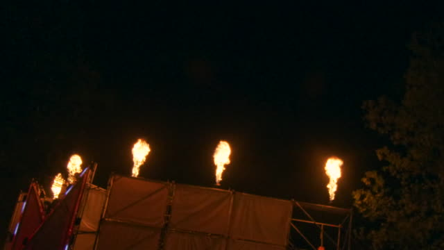 stage flamethrowers slow motion 4k - incendio doloso video stock e b–roll