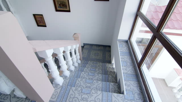 staircase with traditional white balustrade - balaustrata video stock e b–roll