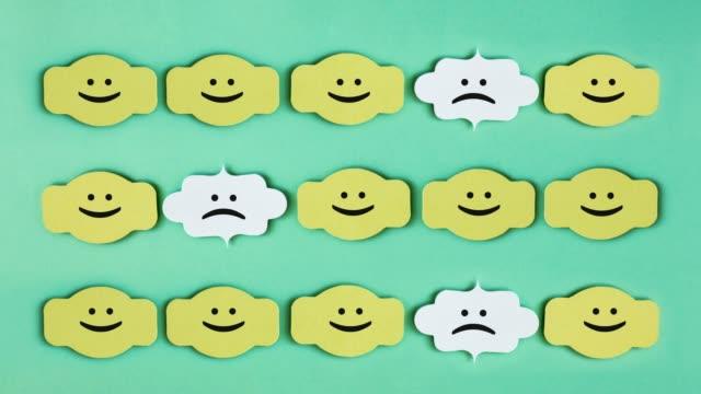 aus der menge mit smiling hexagon - smiley stock-videos und b-roll-filmmaterial