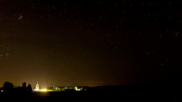 Starsky over the church time-lapse. video
