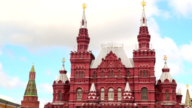 statens historiska museum, sett från röda torget - röda torget bildbanksvideor och videomaterial från bakom kulisserna