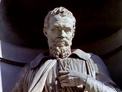 statue of michelangelo video