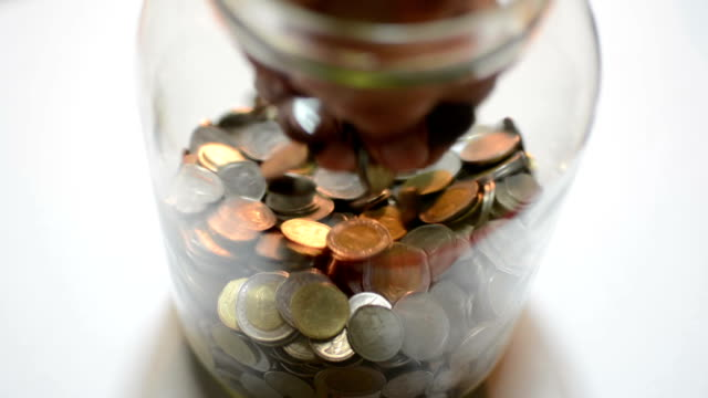 rubare i soldi moneta - conto corrente video stock e b–roll