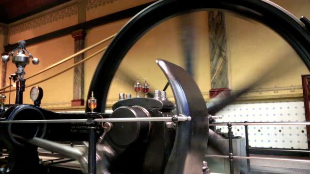 a vapore in azione - rivoluzione industriale video stock e b–roll