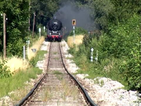 PAL: Steam train coming video