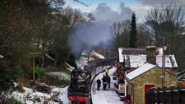 Steam Train in the Snow, Haworth, Yorkshire - Time Lapse