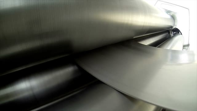 Steel bending timelapse video