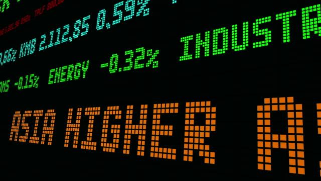 vídeos de stock e filmes b-roll de stock market ticker asia higher as market takes u.s. debate - nyse crash