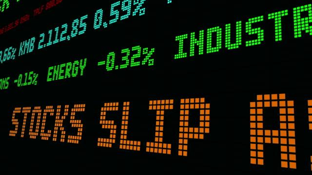 vídeos de stock e filmes b-roll de stock market ticker stocks investors focus on earnings - nyse crash