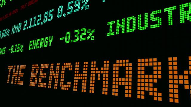 vídeos de stock e filmes b-roll de stock market ticker the benchmark euro - nyse crash