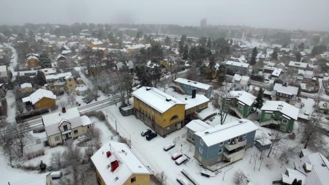 antenn: stockholm city under vintern, älvsjö - stockholm bildbanksvideor och videomaterial från bakom kulisserna