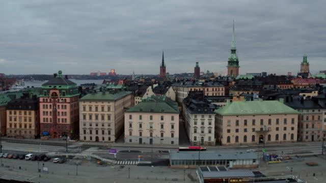 antenn: stockholm city, gamla stan - stockholm bildbanksvideor och videomaterial från bakom kulisserna