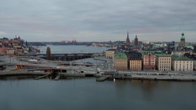 antenn: stockholm city, slussen och gamla stan - stockholm bildbanksvideor och videomaterial från bakom kulisserna