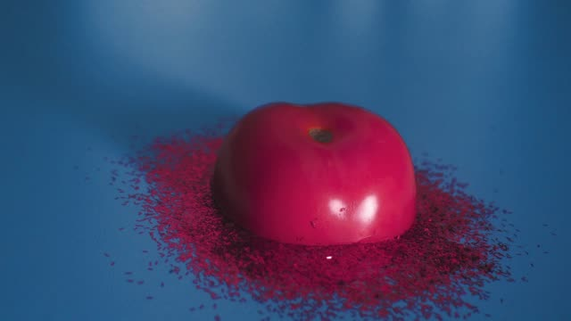 stop motion animation about melted tomato - pop art video stock e b–roll